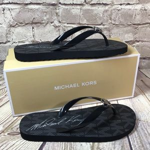 MICHAEL KORS FLIP FLOPS SANDALS Black